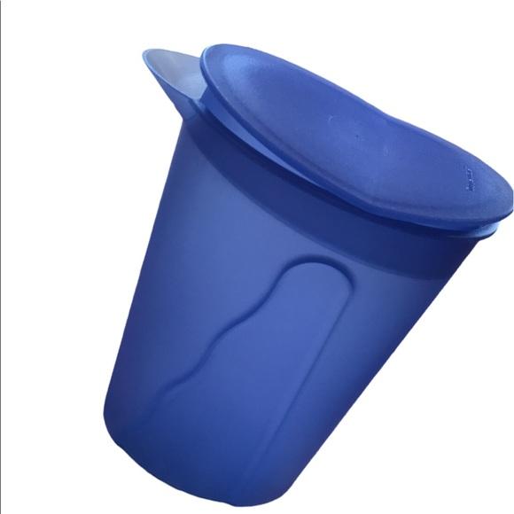 Tupperware Impressions Pitcher 1L Blue Rocker Lid
